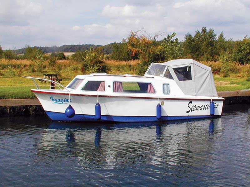 seamaster motor cruiser boat